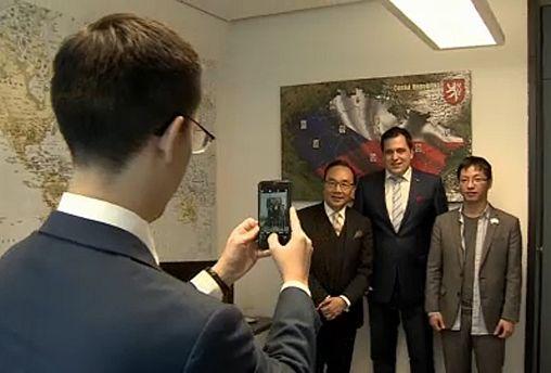 """Da Hong Kong un appello all'Europa: """"da che parte stai?"""""""