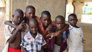 Dünyanın en yoksul ülkesi olarak kabul edilen Nijer'de kıtlık ve yokluk çocukları etkiliyor