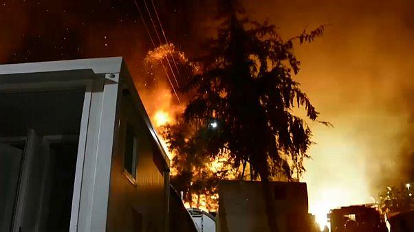 Самос: беспорядки и пожар в лагере мигрантов