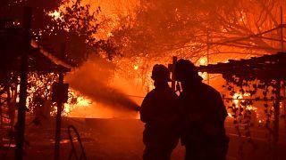 #لبنان_يحترق يتصدر تويتر مع انتشار الحرائق في مناطق مختلفة بالبلاد