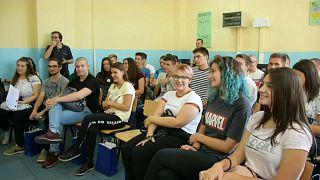 Молодёжь массово уезжает из Северной Македонии