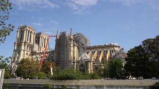Weiter Einsturzgefahr: Sicherung der Notre-Dame zieht sich