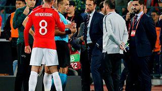 Fußball-Präsident nach Rassismus-Vorfällen zurückgetreten - UEFA vor Anklage gegen Bulgarien