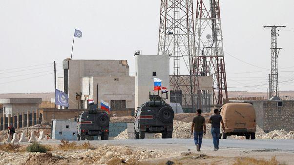 НАТО призывает Турцию остановить наступление в Сирии