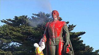 ABD: Columbus Günü'nde kaşif Cristopher Columbus'un heykeli kan rengi boyaya bulandı
