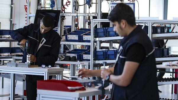 İşsizlik ülkenin en önemli sorunu olmaya devam ediyor