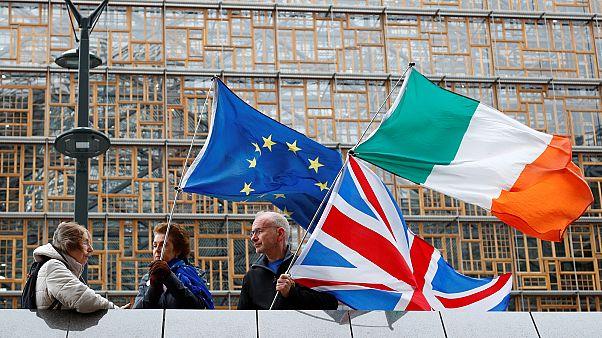 Brexit-ellenes tüntetők utolsó próbálkozása Brüsszelben