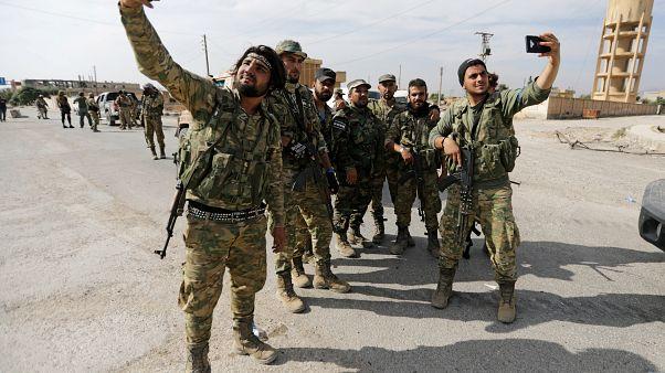 Συνεχίζεται η τουρκική προέλαση - Αντίθετος σε κατάπαυση ο Ερντογάν