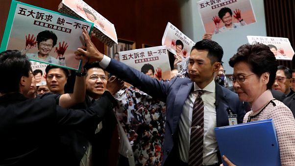 Carrie Lam à son arrivée au Conseil législatif de Hong Kong, le 16/10/2019