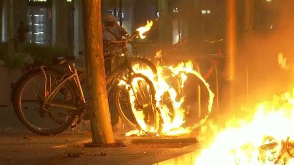 Nueva noche de caos en Barcelona y Cataluña