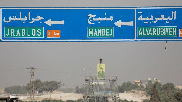 الجيش السوري والقوات الكردية  يتحدان في قتال القوات الموالية لتركيا