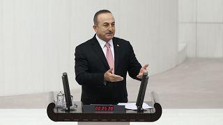 Çavuşoğlu: PYD elindeki DEAŞ'lıları Türkiye'de terör eylemi yapmaları karşılığında bıraktı