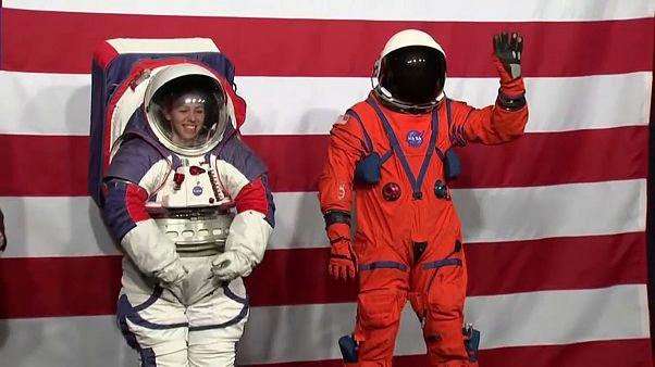 """شاهد: """"ناسا"""" تكشف عن """"بدلة القمر والمريخ"""" الفضائية الجديدة"""