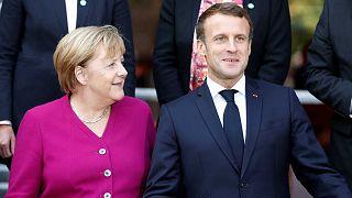 A szíriai török támadás leállítását követeli Merkel és Macron