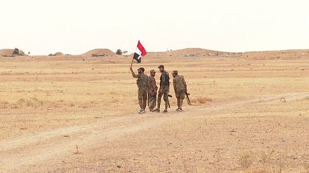 بموجب الاتفاق مع الأكراد.. الجيش السوري يوسع انتشاره في المناطق الاستراتيجية الحدودية مع تركيا