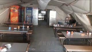 صورة من داخل مطعم القاعدة الأمريكية