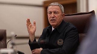 """Milli Savunma Bakanı Hulusi Akar'dan """"kimyasal silah uyarısı"""""""