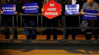 Anlaşmaya varılan yeni Brexit metninin içeriği nasıl değişti?