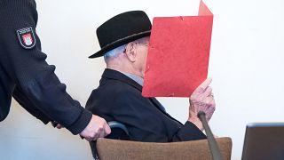 Germania, a processo in un tribunale per minori ex guardia nazista di 93 anni