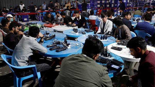 کمیسیونهای انتخاباتی افغانستان: آرای بیومتریک نشده شمارش نمیشوند