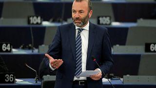 Weber: még mindig be van fagyasztva a Fidesz néppárti tagsága