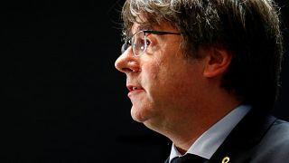 El ex presidente catalán Carles Puigdemont ofrece una conferencia de prensa en Bruselas