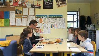 Francia: alla ricerca (e difesa) del dialetto quasi perduto