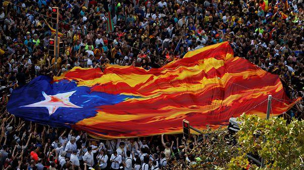 Barcelona paralisada por greve geral e protestos