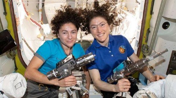 Megvolt az első női űrséta