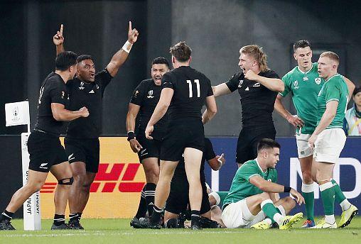 Új-Zéland és Anglia vívja a rögbi-vb első elődöntőjét