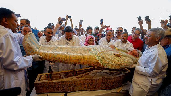 رونمایی از ۳۰ تابوت چوبی سه هزار ساله کشف شده در مصر