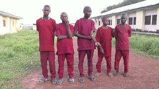 Video: Nijerya'da 147 çocuk daha işkenceden kurtarıldı