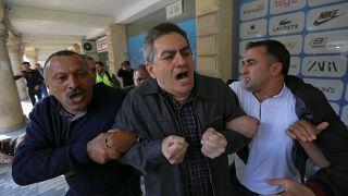 Video: Azerbaycan'da hükümet karşıtı gösterilerde onlarca kişi gözaltına alındı