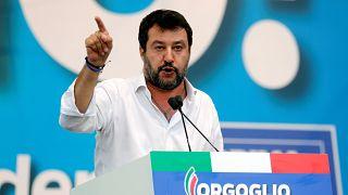 Taraftarlarını toplayan Salvini: Bu meydan Kürtlerin yok edilmesine izin vermeyecek