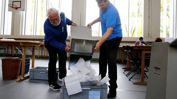 """Парламент Швейцарии """"полевеет"""" по итогам выборов"""