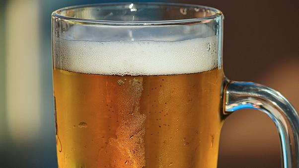Bağırsaklarında maya çoğalan adamın vücudu kendi kendine bira üretiyor