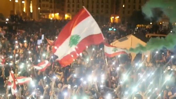 A libanoniak harmada tüntetett a kormány ellen