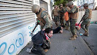 Cile: violenza e proteste non si arrestano, i morti salgono a 13