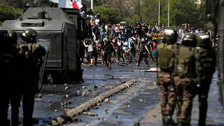 رئیس جمهوری شیلی در سومین شب ناآرامیها: کشور ما درگیر جنگ است