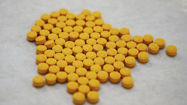 """""""Crise des opiacés"""" aux Etats-Unis : un accord négocié avant le grand procès"""