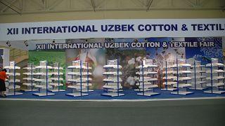 Dünyanın önde gelen pamuk üretici ve ihracatçı ülkesi Özbekistan'ın başkenti Taşkent'te Uluslararası Pamuk ve Tekstil Fuarı düzenleniyor.