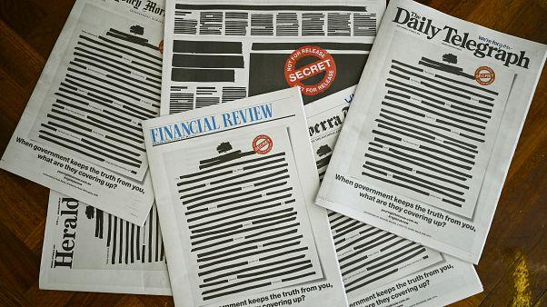 Los periódicos de Australia tachan sus portadas para protestar contra la censura