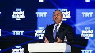 Dışişleri Bakanı Çavuşoğlu: YPG/PYD tamamen çekilmezse 35 saat içinde operasyona başlıyoruz