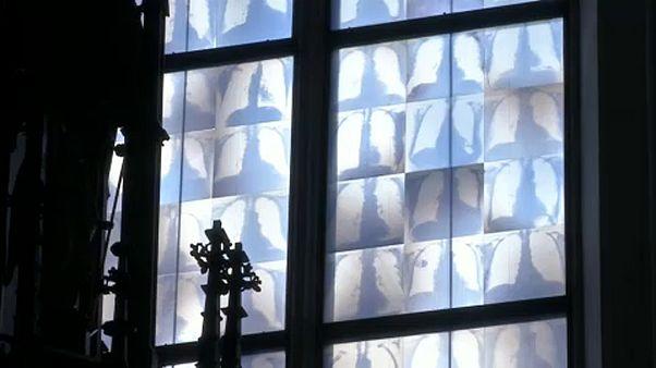 Γερμανία: Ακτινογραφίες θώρακος... σε εκκλησία