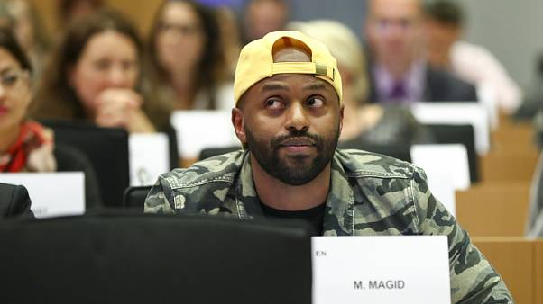The Brief from Brussels: Magid Magid, der coolste EU-Abgeordnete