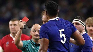 South African referee Jaco Peyper waves a red card at French player Sebastien Vahaamahina. Tokyo, October 20, 2019 i