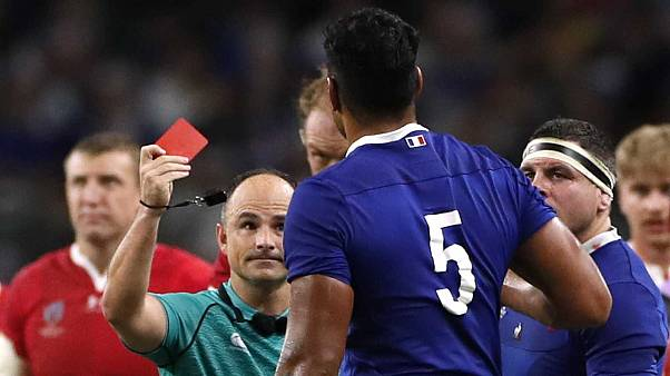 South African referee Jaco Peyper waves a red card at French player Sebastien Vahaamahina. Tokyo, October 20, 2019 i