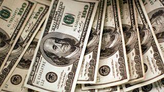 افزایش شتاب کاهش نرخ دلار؛ خبر گشایش ارزی میان ایران و امارات حذف شد