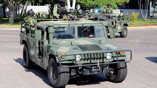 Meksika Ordusu El Chapo'nun uyuşturucu çetesini durdurmak için 400 askerlik özel kuvvet gönderdi
