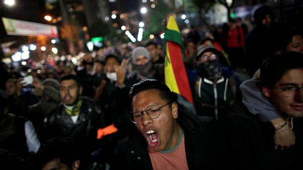 Βολιβία: Επεισόδια ενώ ανοίγει η ψαλίδα υπέρ Μοράλες